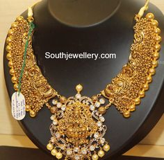 peacock_lakshmi_antique_necklace.jpg 782×768 pixels