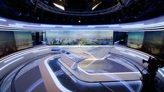Explore photos of Journal's TV set design in this interactive gallery of the studio. Design Set, Stage Set Design, Lounge Design, Studio Design, Exhibition Booth Design, Exhibition Space, Capsule Hotel, Virtual Studio, Office Pictures