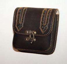 Kígyóbőr betétes bőr övtáska, egyfakkos, horgas csatos, kisebb - leather belt bag Leather Belt Bag, Saddle Bags, Wallet, Chain, Necklaces, Purses, Diy Wallet, Purse