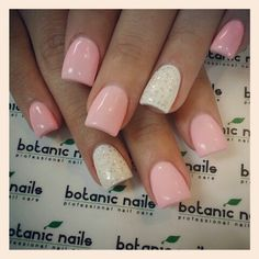 Pretty light pink Nails