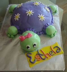 Turtle Cake with flowers