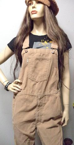 SOLD - Vintage 70's  Levis  Bellbottom  Tan by GypsysTreasureCove on Etsy, $115.00