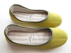 Ballerina Flats in Lime Green