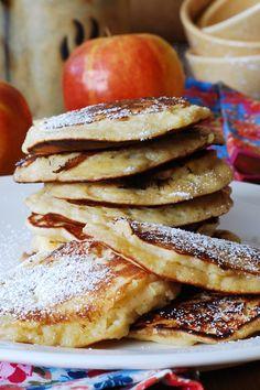 Apple cinnamon pancakes, pancakes for breakfast, pancake fritters, apple fritters, pancakes with fruit, fall recipes, fall treats