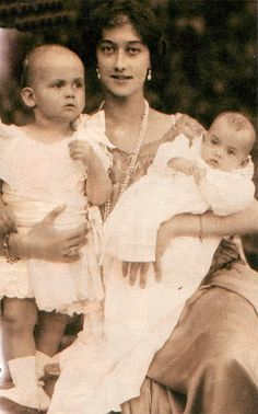 Prince Heinrich, left, and Princess Irmingard of Bavaria with their mother, Crown Princess Antonia, nee Princess Antonia of Luxembourg.  Though it was the '20's, little boys were still wearing dresses, at least if they were royal.