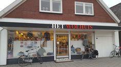 Het Wolhuis (Voorkant winkel)