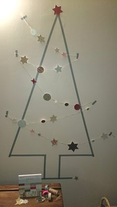 the best christmas tree ever - masking tape et guirlande