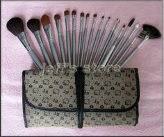 professional cosmetics hello kitty makeup brushes set make up brush wholesale Cosmetic Brushes, It Cosmetics Brushes, Hello Kitty Makeup, Makeup Brush Set, Easy To Use, Naked, Make Up, Tools, Pattern
