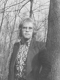 elton john´s pics: Elton John Your song Promo pics