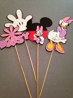 Daisy Duck Center Piece Birthday Partys by InspiredbyLilyMarie Kids Party Menu, Minnie Mouse Center Pieces, Daisy Duck Party, Mickey Mouse Clubhouse, 2nd Birthday Parties, Baby Shower, Diy For Kids, First Birthdays, Diy And Crafts
