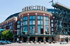 Foodlover's Guide to American Ballparks.  Where: Seattle, WashingtonSafeco is considered by many to be the pinnacle of baseball stadium gastro... - Safeco Field