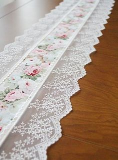 Handmade Wedding Flower Tableware Topper Table Runner,Embroidery&Lace - New sites Sewing Crafts, Sewing Projects, Craft Projects, Lace Table Runners, Linens And Lace, Heirloom Sewing, Curtain Designs, Handmade Wedding, Rustic Wedding