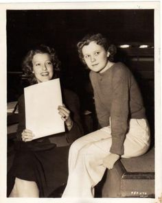 On eBay from Argentina: Jeanette MacDonald and Betty Jaynes. In the film Sweethearts (1938) Betty played Jeanette's understudy in the operetta within the operetta.- ESCANO COLLECTION