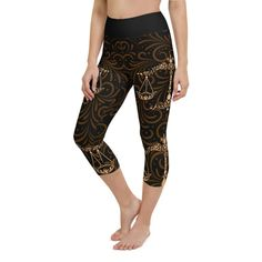 Workout with comfort and Show-off your Zodiac Sign in Libra with these high-quality capris. This design is made to complement any body types. Show off that bum, be a head-turner, and workout in confidence. Aquarius Zodiac, Sagittarius, Crotch Area, Workout Leggings, Body Types, Squats, Zodiac Signs, Capri, Confidence