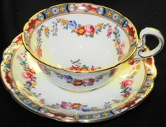 AYNSLEY ENGLAND PINK ROSES GARLAND WREATH WIDE TEA CUP AND SAUCER