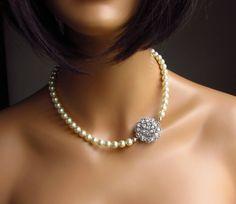 Single Strand Pearl Necklace, Cream Ivory Swarovski Pearls, Crystal Brooch Adjustable Romantic Vintage Inspired Bridal Jewelry