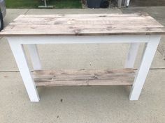 Recibidor/Entrada DIY Bauernhaus Konsolentisch Improving Indoor Air Quality Stepping out for some ai Make A Table, Diy Table, Diy Side Tables, Diy Entryway Table, Pallet Entry Table, Rustic Console Tables, Pallet Tables, Farm House Entry Table, Wood Sofa Table
