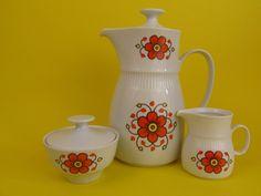 Vintage Teekanne / Kaffeekanne, Zuckerdose - 60erg von ShabbRock Republic auf DaWanda.com