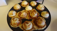 Unique Party Food to Go: Babycakes Pizza Poppers  use carbquick instead of bisquick.