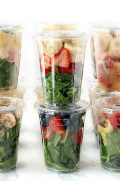 Simple tips and tricks on how to batch prep grab n' go smoothies quickly. Ma… Simple tips and tricks on how to batch prep grab n' go smoothies quickly. Make them in advance, and enjoy them for the week, or even the whole month! Smoothie Prep, Freezer Smoothie Packs, Healthy Smoothies, Healthy Drinks, Healthy Snacks, Healthy Recipes, Healthy Cleanse, Smoothie Cleanse, Vitamix Smoothie Recipes