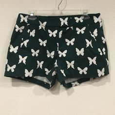 ‼️On Sale‼️ J. Crew butterfly shorts Excellent condition. No trades. - J. Crew Shorts