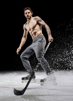 Discovered by Scotty Rawks. Find images and videos about nhl, tyler seguin and dallas stars on We Heart It - the app to get lost in what you love. Stars Hockey, Hockey Mom, Ice Hockey, Hockey Girls, Hot Hockey Players, Nhl Players, The Deal Elle Kennedy, Hockey Boards, Body Issues