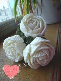 House of Macrame: Cara membuat bunga mawar dengan tehnik macrameHow to Weave Beautiful Rose in the Art of Macrame Making Fabric Flowers, Yarn Flowers, Crochet Flowers, Macrame Bag, Micro Macrame, Macrame Jewelry, Beaded Jewelry Patterns, Macrame Patterns, Rose Crafts