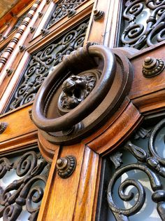 and iron art Iron Wall Art, Iron Art, Knobs And Knockers, Door Knobs, Old Windows, Windows And Doors, Spanish Colonial, Garden Gates, Staircases