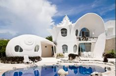 These+Are+the+10+Most+Popular+Airbnb+Rentals  - HouseBeautiful.com