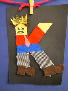 Aakkosaskartelu K: Kuningas Story Time, Literacy, Ronald Mcdonald, Alphabet, Kindergarten, Letters, Crafty, Education, Logos