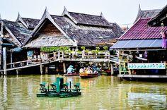 Floating Market, Pattaya - Starbox