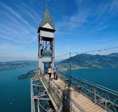 Svizzera, oltre cento anni di salite: l'ascensore più alto d'Europa