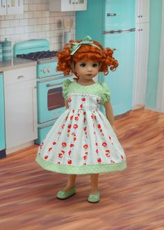 Strawberry Stripe dress for Dianna Effner Little par DarlingLilBee