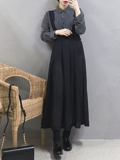 Korean Fashion Trends you can Steal – Designer Fashion Tips Korean Fashion Trends, Korea Fashion, Muslim Fashion, Modest Fashion, Asian Fashion, Hijab Fashion, Fashion Dresses, White Fashion, Look Fashion
