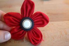 Poofy fabric flower tutorial by shabnamferoz