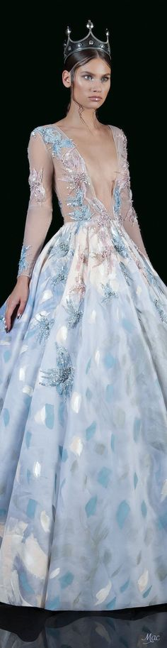 1997 Best Vestidos largos de gala images in 2020 Beautiful Gowns, Beautiful Outfits, Beautiful Clothes, Nice Dresses, Prom Dresses, Long Dresses, Runway Fashion, Fashion Show, High Fashion Dresses