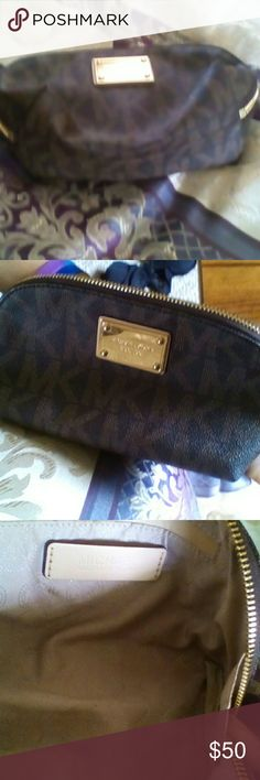 Michael Kors Clutch Michael Kors Leather Clutch perfect for a night out small enough for the essentials and cute for any occasion. It's got some light speckling on the bottom from previous use other than that it's perfect. Michael Kors Bags Clutches & Wristlets