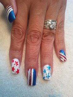 4th of July hand painted nail art