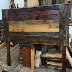 New Pallet Furniture Desk Dressers Ideas Pallet Furniture Desk, Small Patio Furniture, Painted Bedroom Furniture, Steel Furniture, Furniture Decor, Luxury Furniture Stores, Antique Furniture For Sale, Handmade Furniture, Reclaimed Wood Bed Frame