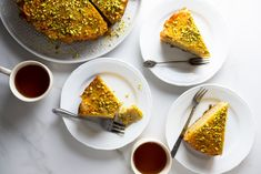 Cardamom Honey Pistachio Apricot Cake - light and moist pistachio cake with the sweetness of honey and the tartness of fresh apricots. Basque Cake, Grapefruit Curd, Apricot Cake, Single Layer Cakes, Hazelnut Cake, Pistachio Cake, Round Cake Pans, Cake Batter, Quick Easy Meals