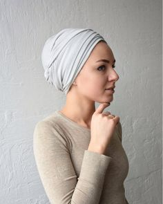 Check out our tichel selection for the very best in unique or custom, handmade pieces from our shops. Turban Hut, Mode Turban, Hair Turban, Turban Style, Hair Scarf Styles, Short Hair Styles, Bad Hair, Hair Day, Ukraine