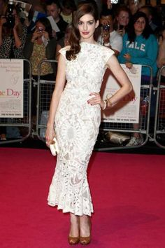 Anne Hathaway in lace Alexander McQueen