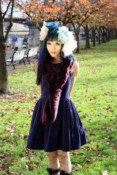 Japaneses goth-kawaii makeup tutorial! How to get blue-purple ombre dyed hair, gyaru eye makeup, and La Carmina's favorite cosmetics. http://www.lacarmina.com/blog/2014/05/gothic-makeup-products-tips-model/  cute harajuku girl style