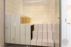 Modern Saunas, Finnish Sauna, Plywood Panels, Bench Designs, Glass Door, Building A House, Solid Wood, Minimalist, Interior