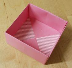 ein einfaches kleeblatt aus vier geldscheinen so wird es gefaltet http geld. Black Bedroom Furniture Sets. Home Design Ideas