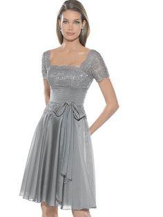 Silber A-Linie/Princess-Stil Carré-Ausschnitt Kurze Ärmel Rüschen Knielang Chiffon Kleider für 259,11 €