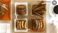 Breakfast set up for breadsticks, cookies, bagels  by Glass Studio www.the-glass-co.com Breakfast Presentation, Food Presentation, Breakfast Set, Plate Design, Dinnerware Sets, Bagels, Plates, Cookies, Studio
