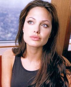Angelina Jolie face