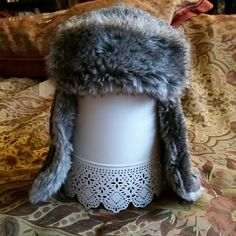 Fun Winter Hat ×faux fur  ×like-new condition  ×worn once ×warm ×offers welcome via designated button Forever 21 Accessories Hats