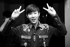 tumblr_mx7bjeykEX1sicmbdo5_1280.jpg  #Sunggyu